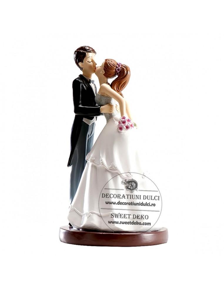 Topper nunta, primul sarut
