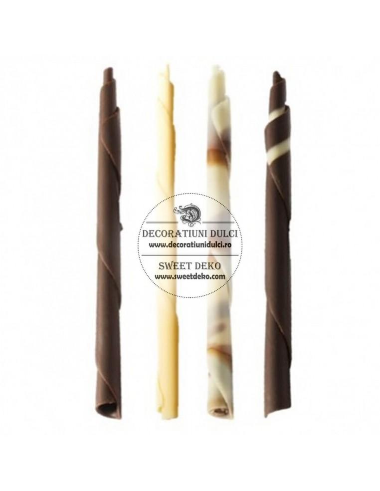 Decor din ciocolata Pencils si Candle...